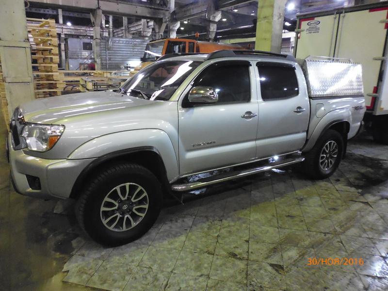 Toyota Tacoma кунг Triffid Trucks