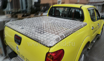Крышка из алюминия для кузова L200 Triton