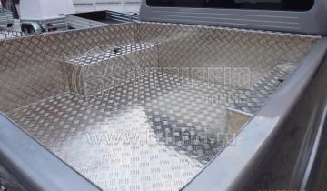 Ящики. Обшивка кузова алюминием.