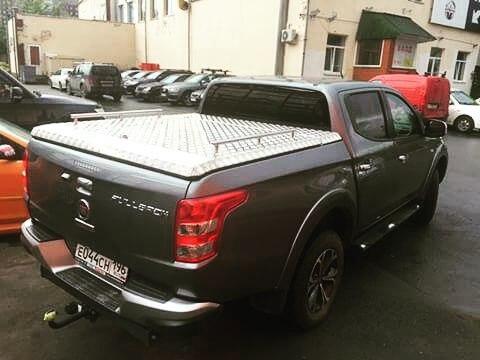 Крышка Triffid Trucks пикапа Fiat Fullback