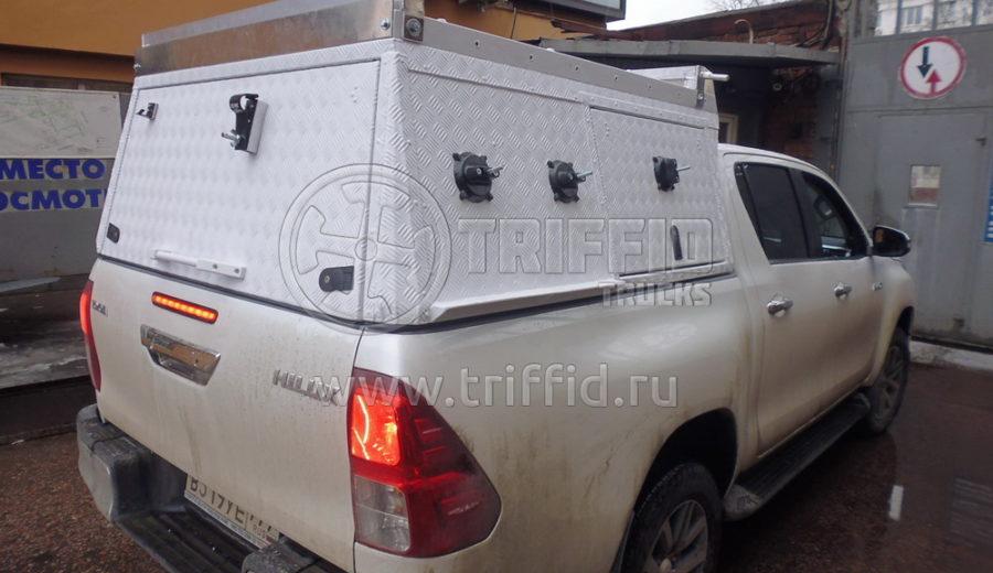 hilux c кунгом triffid trucks